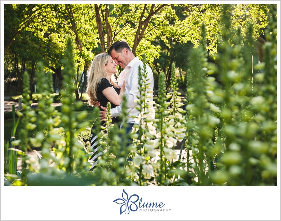 Lisa Tom Are Engaged Botanical Gardens Athens Ga Blume Photography Athens Ga Wedding