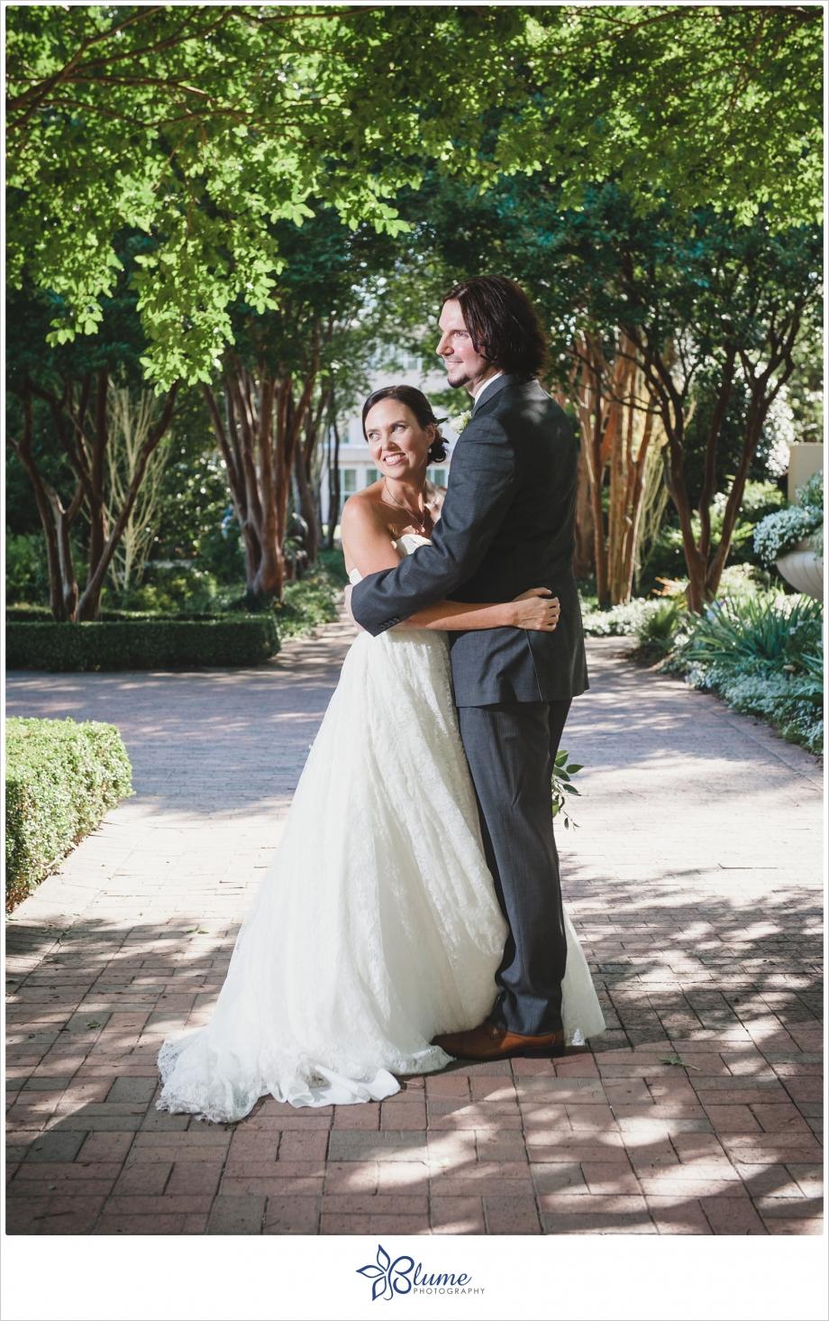 Atlanta,botanic,botanical,gardens,intimate,photography,spring,wedding,